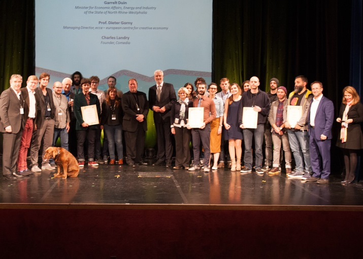 The winners with Garrelt Duin, NRW-Minister of Economic Affairs